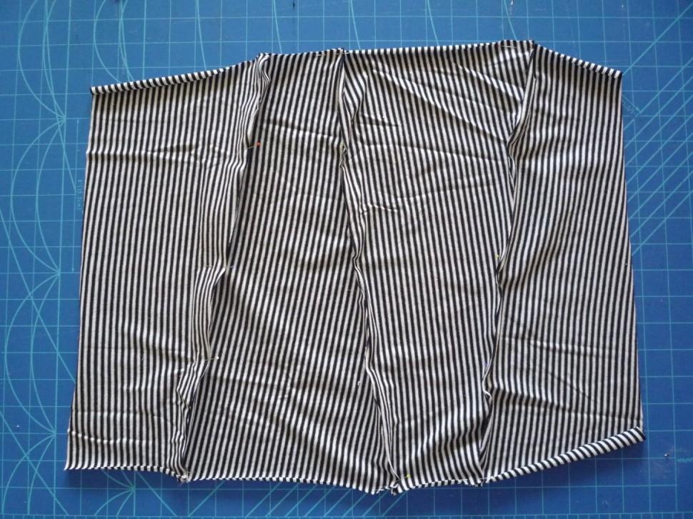 019 Pruhovaná sukně návod